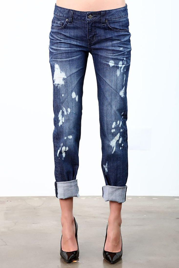 Women Bleach Destroyed Rolled Jeans