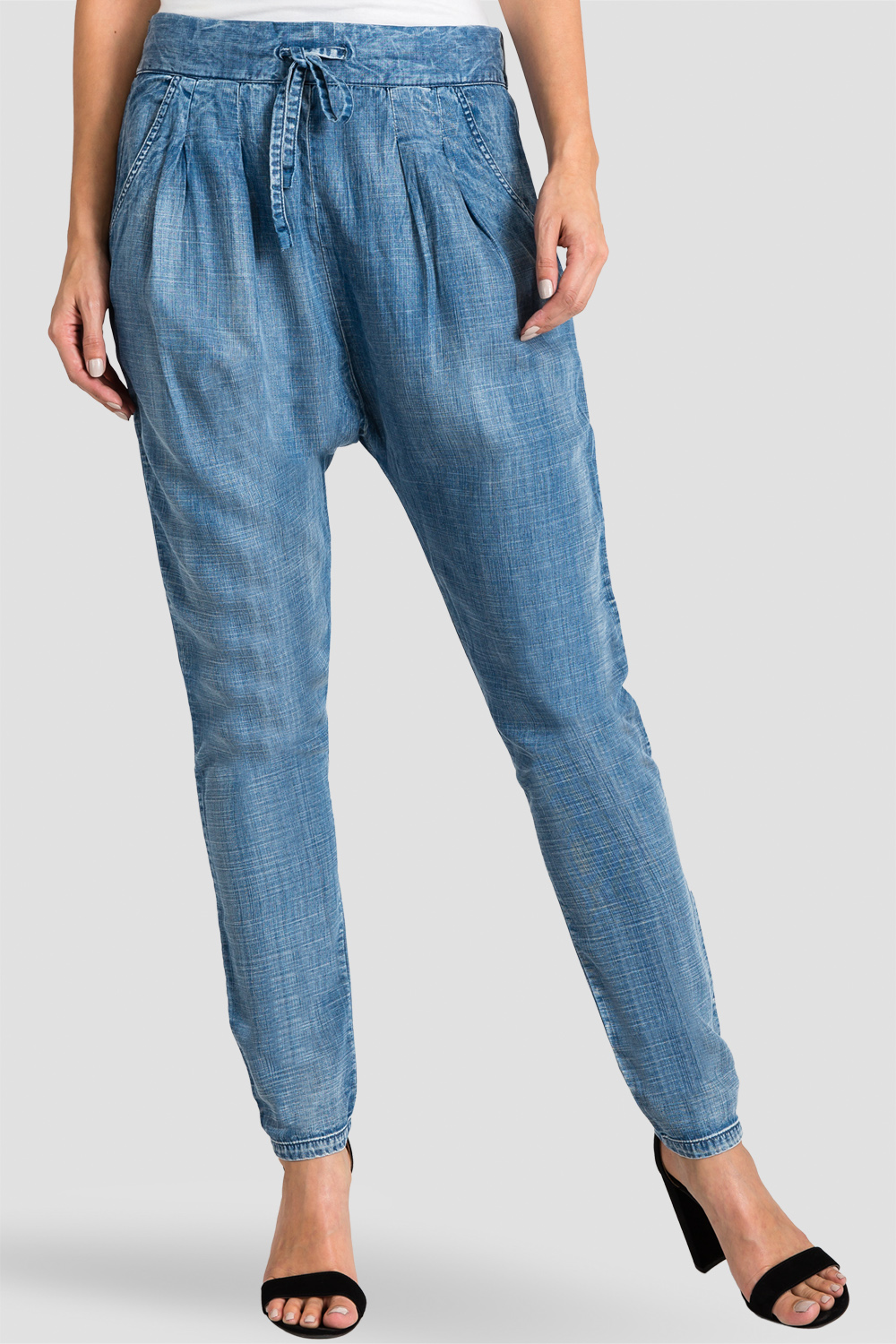 Standards & Practices Contemporary Fashion Women Light Wash Indigo Tencel Jogger Pants