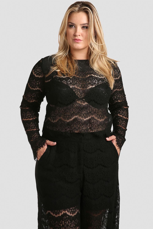 Plus Size Women Black Lace Crop Top