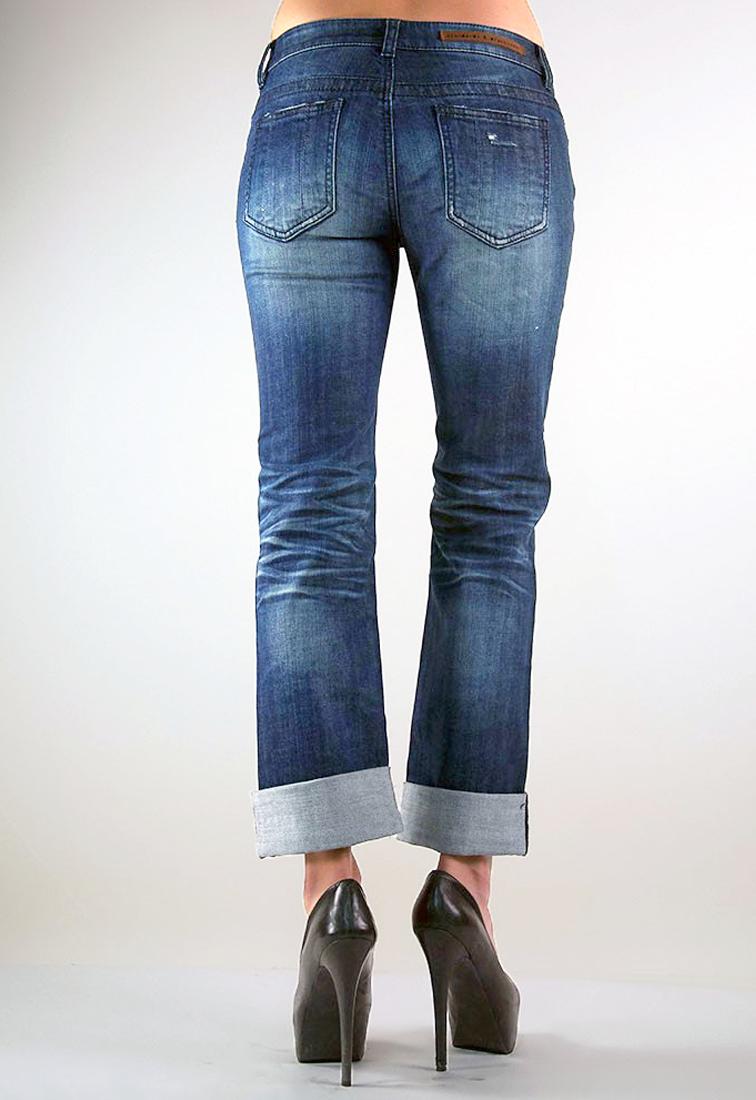 Women Indigo Mid Rise Boyfriend Jeans