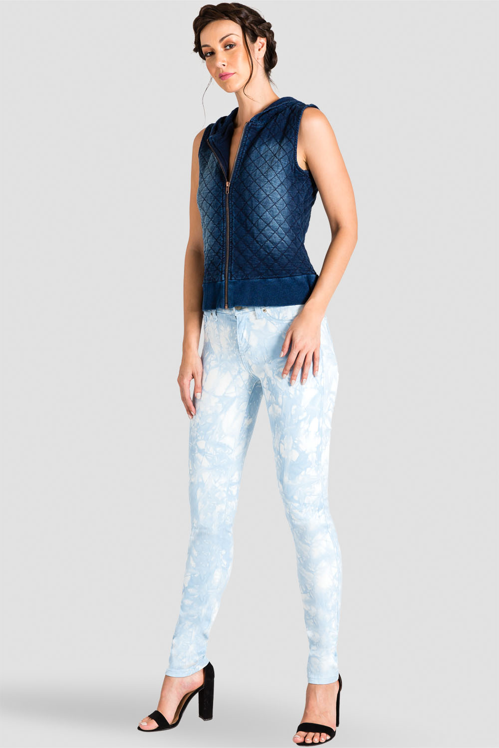 Standards & Practices Contemporary Fashion Women Indigo Quilted Hoodie Vest