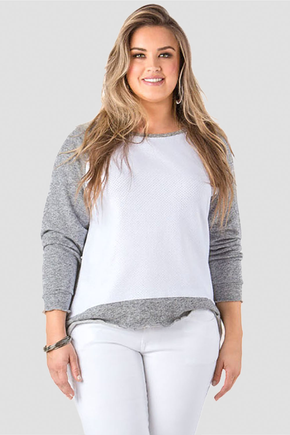 Standards & Practices Contemporary Fashion Women Plus Mesh Sweater