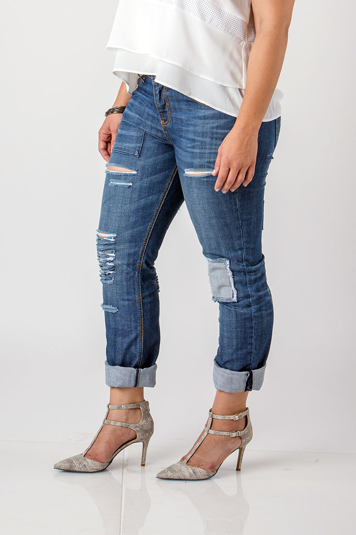 Women Plus Size Ripped Low Rise Jeans