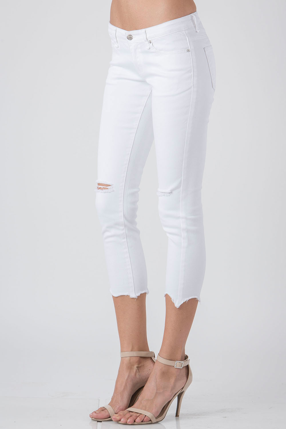 Women White Cropped Skinny Jeans