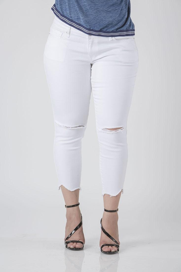 Plus Size Women White Cropped Jeans