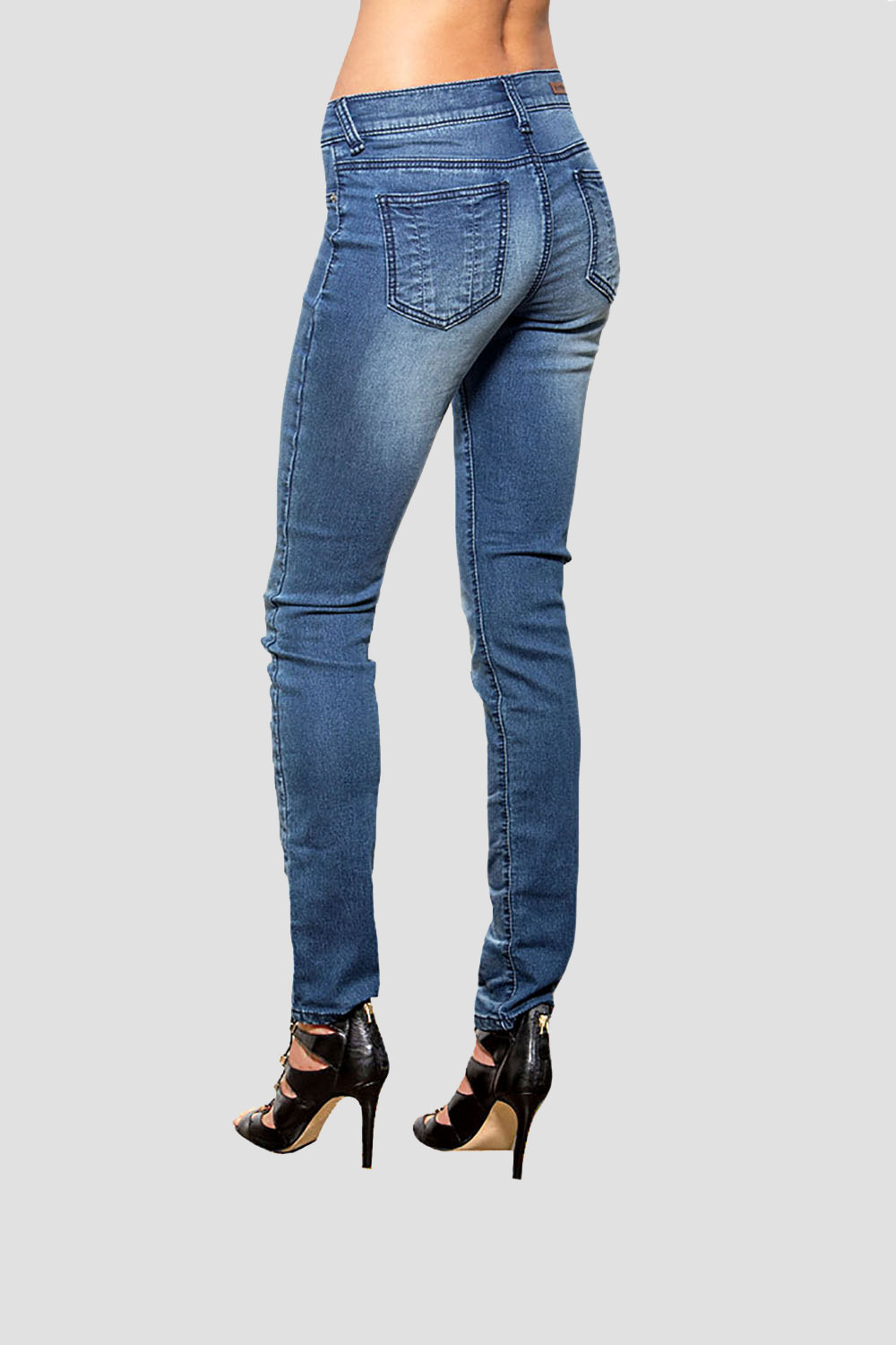 Women Medium Wash Skinny Jeans