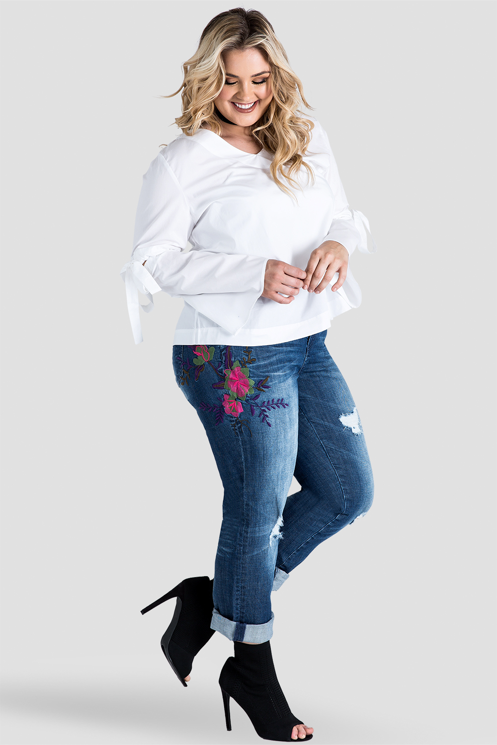 Plus-Size X-Boyfriend Embroidered Distressed Jeans Side